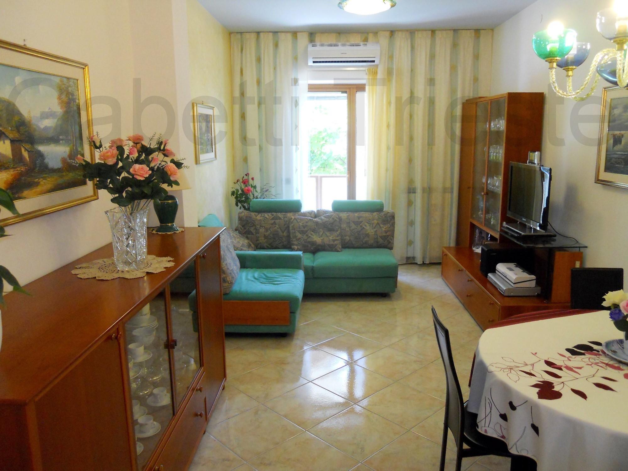 Arredamento soggiorno in stile moderno mobili e decorazioni di